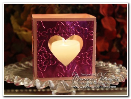 HEARTS FRAMELITS METAL EMBOSSED MINI LUMINARIA (HOT PINK)
